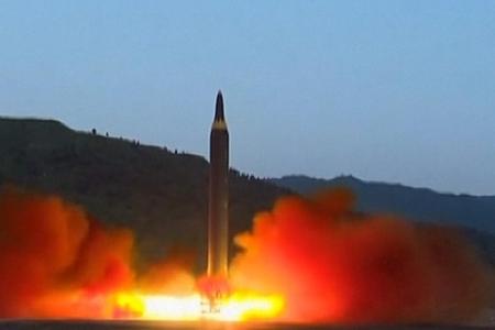Şimali Koreya qitələrarası ballistik raketin uğurla sınaqdan keçdiyini iddia edir