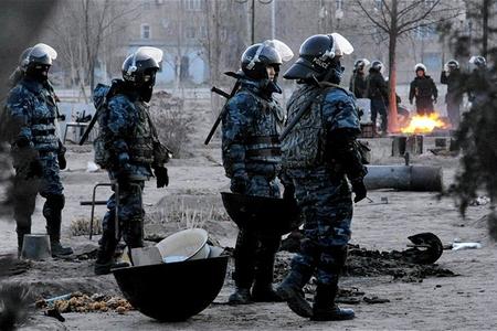Qazaxıstanda bir qrup silahlı ekstremist saxlanılıb