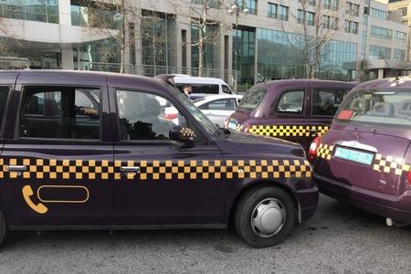 """Bakıda """"London taksi"""" piyadanı vuraraq öldürüb"""