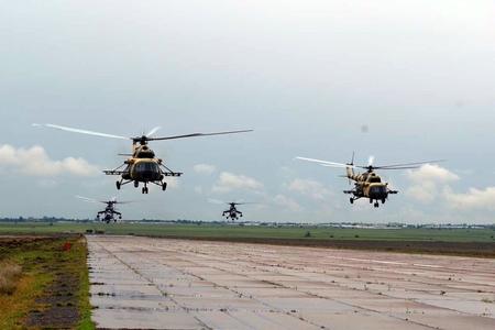 Azərbaycan hərbi helikopterləri Türkiyəyə yola düşüb