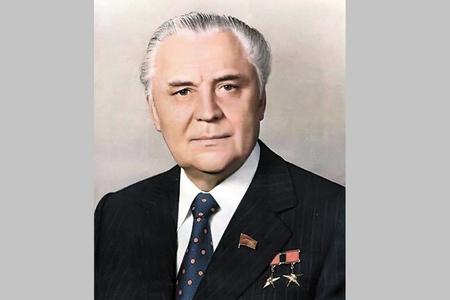 Картинки по запросу qorbaçov şerbitski