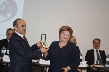 Diasporun inkişafında xidmətləri olanlara Tərəqqi medalları təqdim olundu