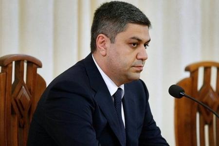 Ermənistan Milli Təhlükəsizlik Xidmətinin direktoru ailəsini ölkədən çıxarıb