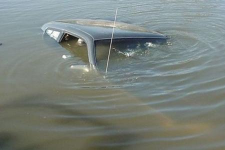 Şamaxıda avtomobil gölə düşüb, sürücü ölüb