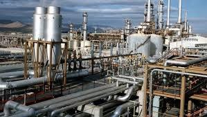 Çin İranın neft-kimya sənayesinə sanksiya tətbiq edib
