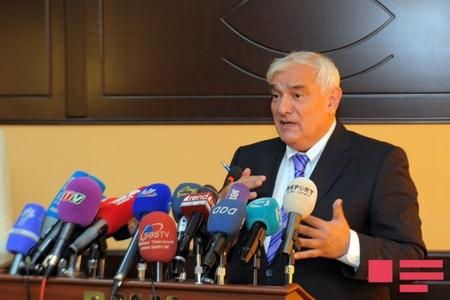 """Kamal Abdulla: """"İntellekti olmayan aparıcıların ekrana çıxarılması davam edəcəksə, problemlər qalacaq"""""""