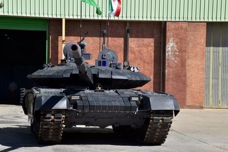 İranın hərbi mütəxəssisləri yeni tank istehsal ediblər