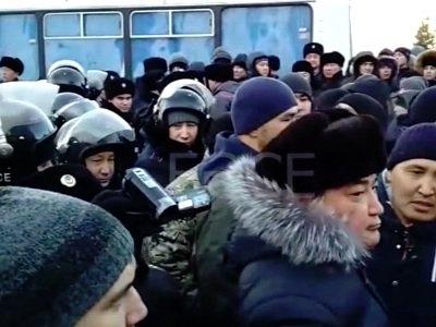 Qazaxıstanda ermənilərə qarşı aksiyalar başladı - VİDEO,FOTOLAR