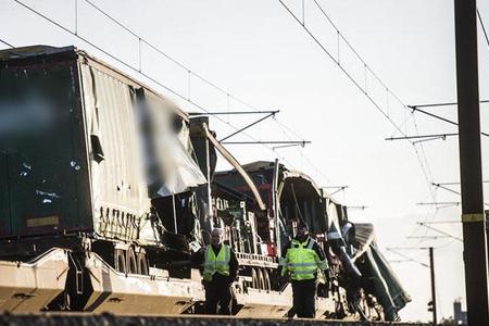 Danimarkada qatar qəzasında 6 nəfər ölüb