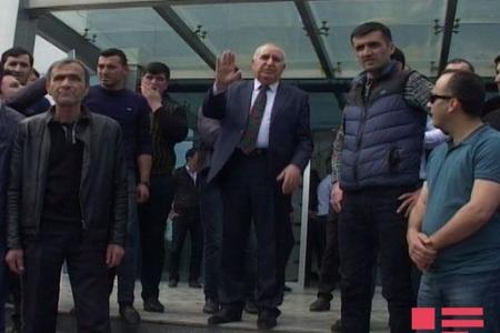 """""""Atena"""" şirkətinin işdən çıxarılan 250-dən çox işçisi etiraz aksiyası keçirib - Fotolar"""