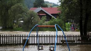 Fransada leysan yağışlarına görə 1,6 mindən çox insan təxliyyə edilib