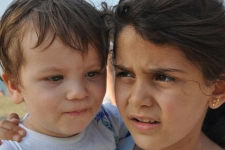 Suriyalı uşaqlar qeyri-müəyyən gələcəklə üzləşir