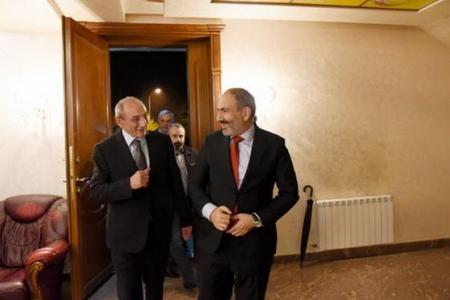 Paşinyan Qarabağa gedib məzuniyyətə çıxdı