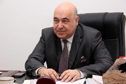 """Çingiz Abdullayev """"Şərəf"""" ordeni ilə təltif edildi"""
