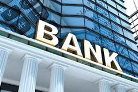 """Parlamentdə """"Banklar haqqında"""" qanuna və bank kreditlərinə kəskin etirazlar"""