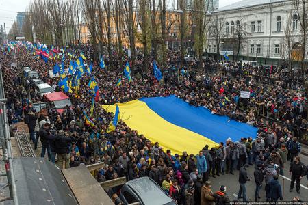 Ukrayna inqilabından 5 il ötür, ukraynalılar ödədikləri bədəli soruşurlar