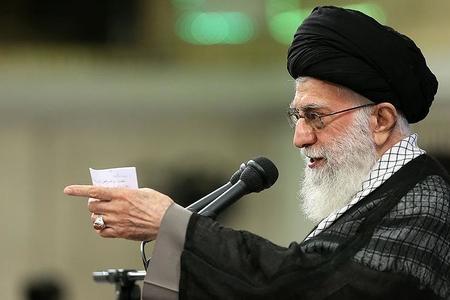 """Ayətullah Xamənei: """"Amerikalılar 2019-cu ildə İranı qarışdıra bilər"""""""
