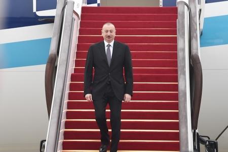 Azərbaycan Prezidenti İlham Əliyev Çinə işgüzar səfərə gəlib- Fotolar