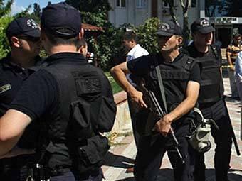 Türk polisinə