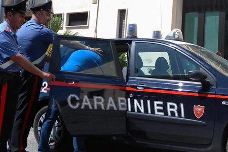 İtaliya polisi sağlı-sollu bütün ruspərəst radikalları həbs edir