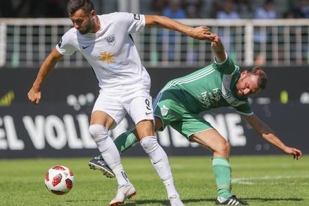 Millimizin sabiq futbolçusu Almaniyada bir oyunda dörd qol vurdu