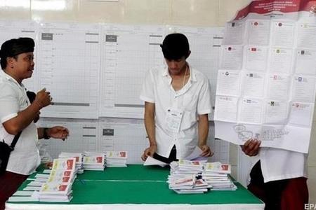 İndoneziyada 496 MSK işçisi səslərin hesablanmasından sonra ölüb