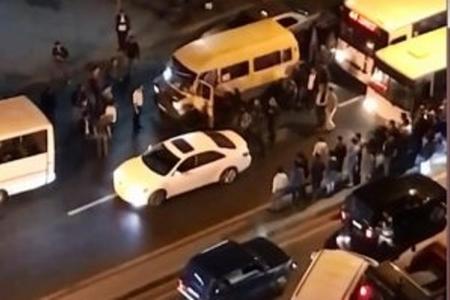 Bakıda sürücülər arasında kütləvi dava