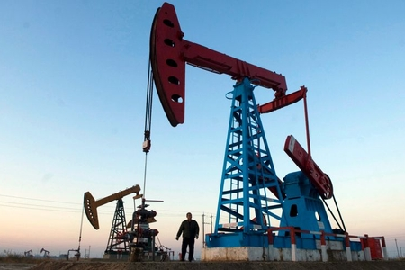 Brent nefti ucuzlaşıb