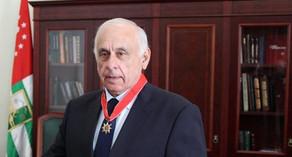 Abxaziyanın baş naziri yol qəzasında ölüb