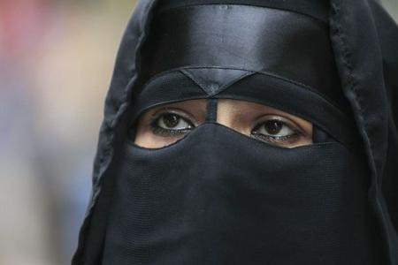 Danimarkada niqaba görə ilk cərimə yazıldı