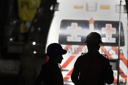 Meksika daxili işlər nazirinin olduğu helikopter qəzaya uğrayıb