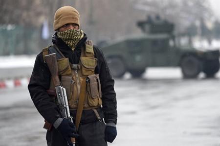 Əfqanıstanda bir sutka ərzində azı 70 silahlı öldürülüb