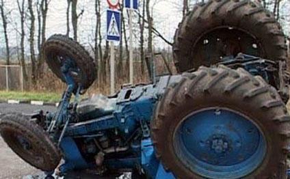 Yevlaxda qəza - traktor 9-cu sinif şagirdini vurub qaçdı