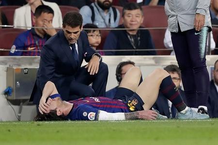 Messi qolu qırıldığı üçün