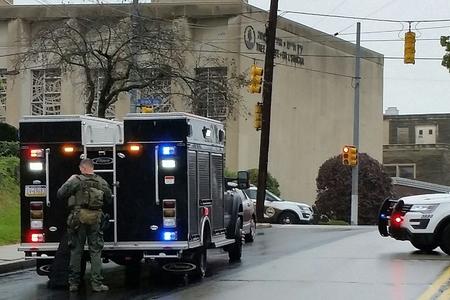 ABŞ-da sinaqoqa hücum nəticəsində 11 nəfər qətlə yetirilib - YENİLƏNİB