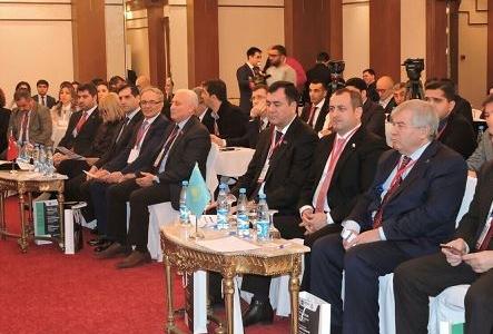 Bakıda beynəxalq simpozium öz işinə başlayıb - Fotolar