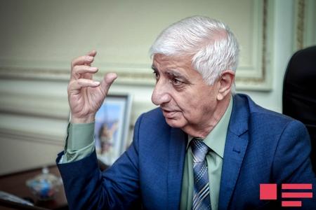 """Fikrət Qoca hər kəsi """"Hər yer ədəbiyyat"""" aksiyasına dəstək verməyə çağırdı"""