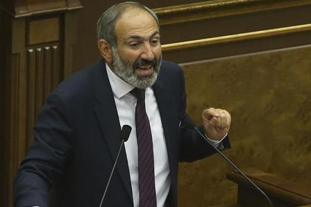 Ermənistanın baş naziri Koçaryan və Sarkisyanı