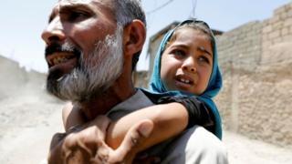 Mosul döyüşü: İŞİD ölümdən qaçmaq istəyən 230 mülki şəxsi öldürüb