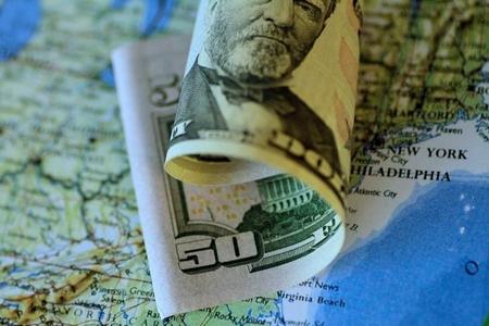 """ABŞ-ın """"dollar ssenarisi"""" işə düşüb - üç nəhəng ölkəni çökdürmək planı"""