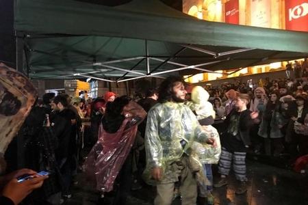 Tbilisidə aksiya iştirakçıları çadırlar qurur