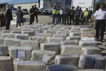 Atlantik okeanında 1 Azərbaycan və 6 Türkiyə vətəndaşı 3.7 ton kokainlə həbs olunub