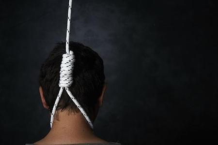 Şəkidə 39 yaşlı kişi intihar edib