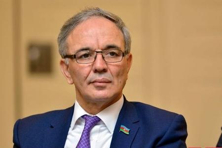 Əflatun Amaşov jurnalisti söyən generalı qınadı