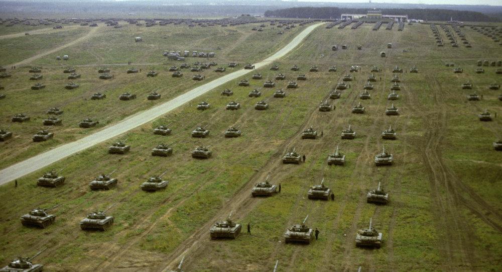 rus tanklari.jpg (151 KB)