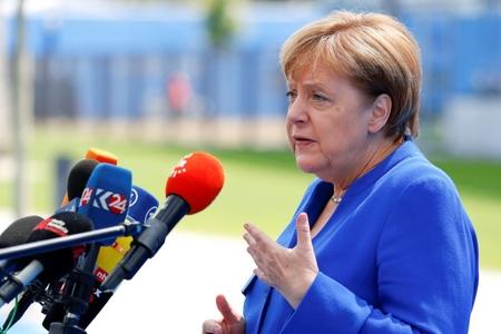 """Angela Merkel: """"Uğursuz hadislərin məsuliyyətini mən daşıyıram"""""""