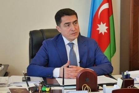 Parlamentdə 50 yaşlı Əli Hüseynliyə təbriklər səsləndi