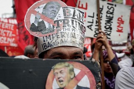 Filippində Donald Trampın səfərinə etiraz edirlər