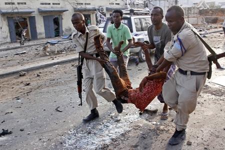 Somalidə iki terror aktı nəticəsində ölənlərin sayı 30 nəfərə çatıb - YENİLƏNİB