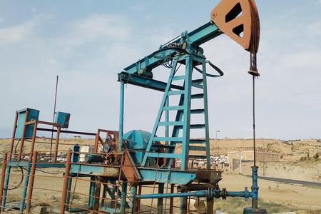 Azərbaycan neftinin 1 bareli 73 dolları ötüb